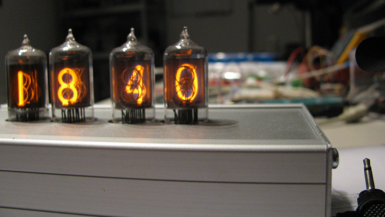 Antonius Nixie clock functioning